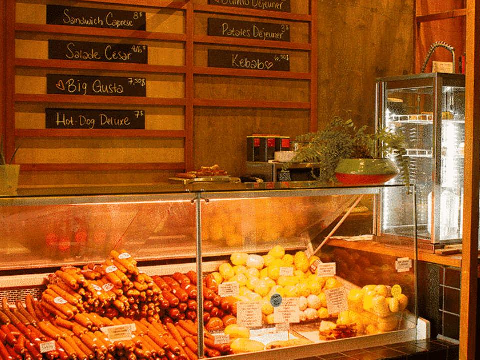 boutique aliment comptoir boutique gusta montréal quebec canada ulocal produits locaux achat local produits du terroir locavore touriste