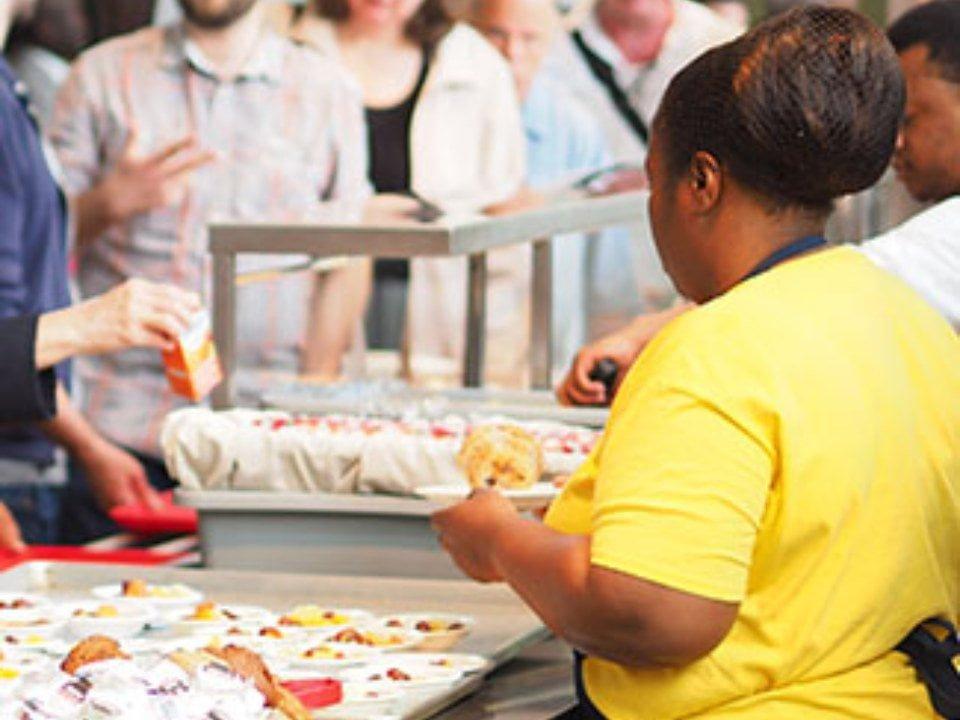 restaurant cafeteria style service les chics plats sante maison montréal quebec canada ulocal local products local purchase local produce locavore tourist