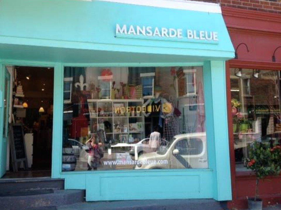 bijoux et accessoires façade mansarde bleue montreal quebec canada ulocal produits locaux achat local produits du terroir locavore touriste