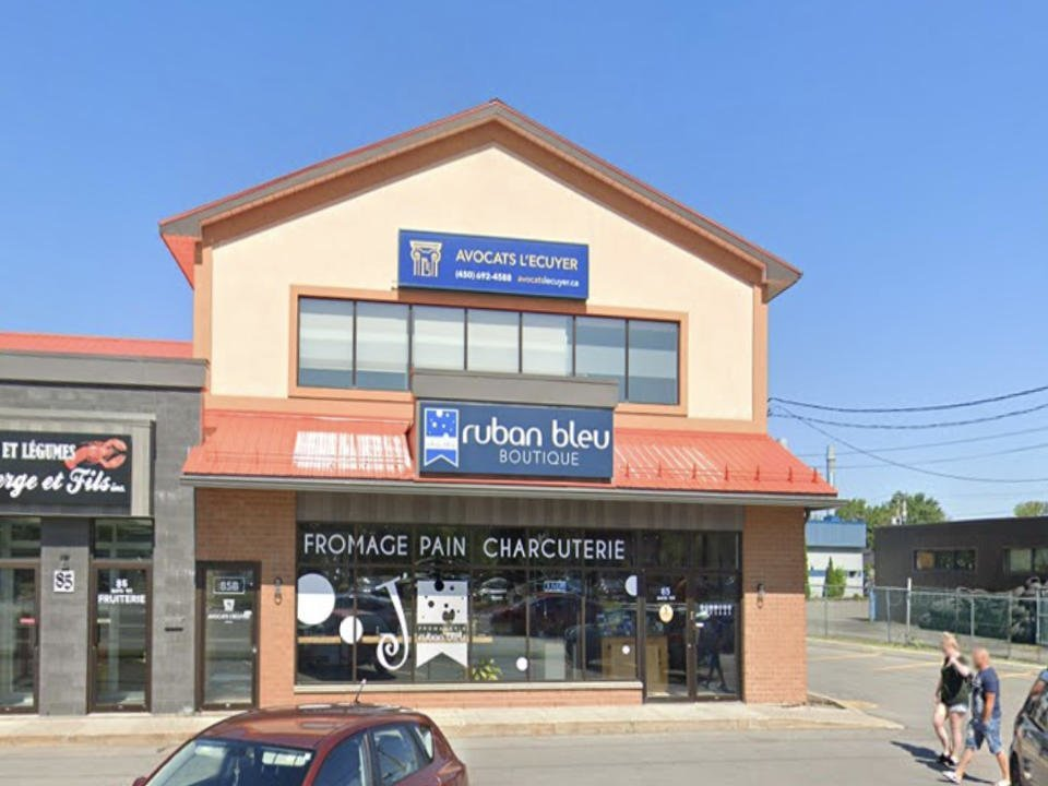 food cheese factories fromagerie ruban bleu chateauguay quebec ulocal local product local purchase