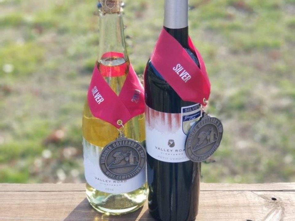 vignoble bouteilles de vin primées valley road vineyards afton virginie états unis ulocal produits locaux achat local produits du terroir locavore touriste